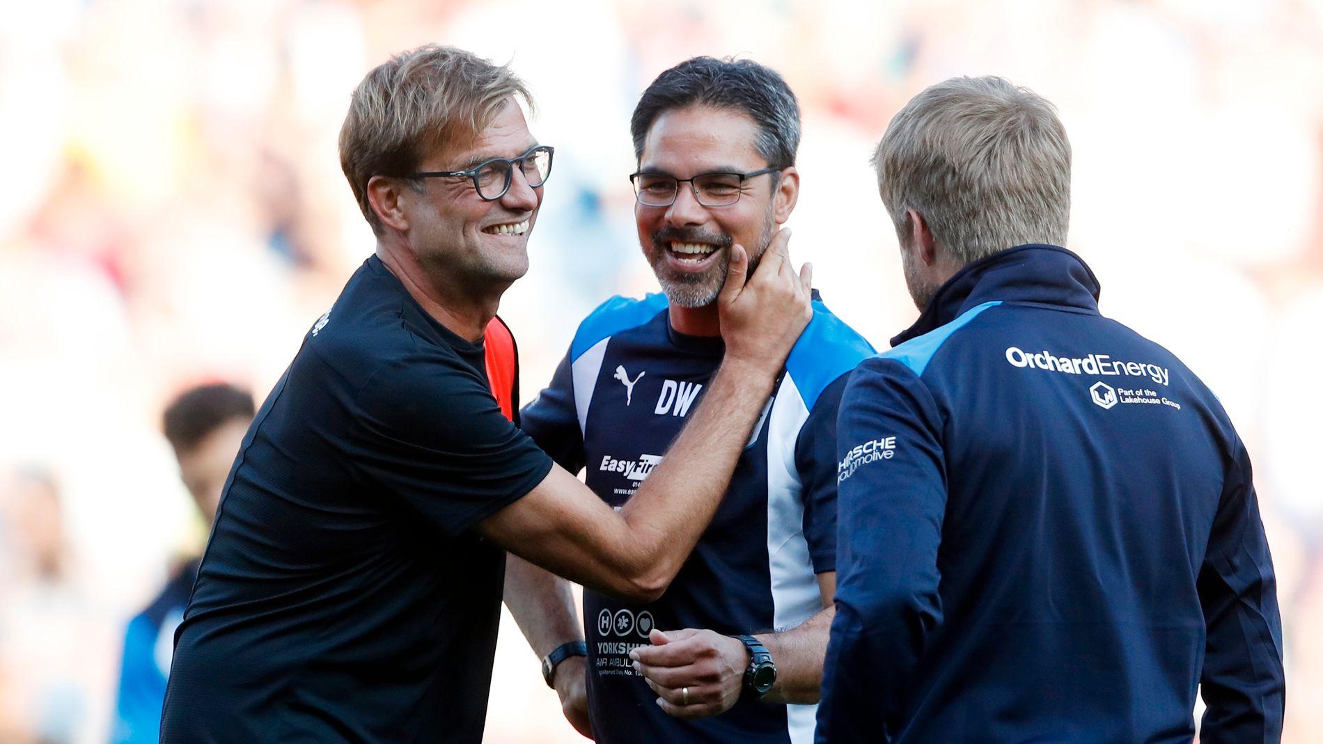 GODE VENNER: Jürgen Klopp takker kompisen David Wagner for kampen etter at Huddersfield hadde slått Liverpool 2-0 i en treningskamp i juli.