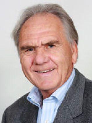 ASTRONOMI-PROFESSOR: Kaare Aksnes ved Universitetet i Oslo.