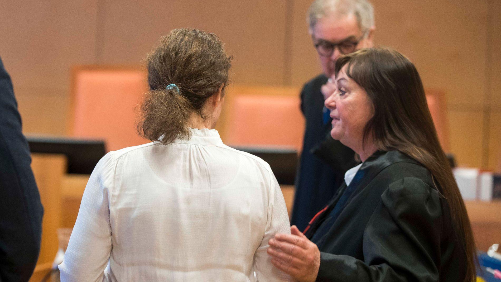 bb175f28f Første gang i Norge: Mor dømt for å ha delt bilder på Facebook av ...