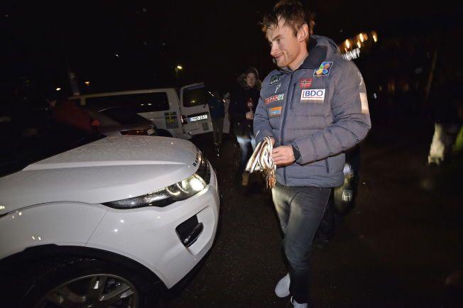 STAKK FRA FALUN: Petter Northug droppet feiringen etter fire VM-gull. Han drog i all hemmelighet hjem til Trondheim med privatfly.