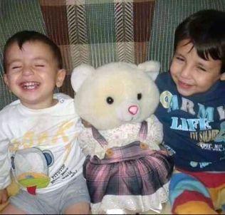 FRA SYRIA: Tanten, Tima Kurdi, har delt dette bildet av Alan og broren Galib med media. – De fortjente ikke å dø, sa hun etter at hun mistet slektningene sine.