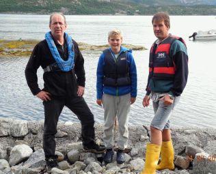 FAMILIE: Wictor Wahlberg (f.v.) sammen med nevøen Marcus Wahlberg (11) og svogeren Jan Ståle Arnesen.