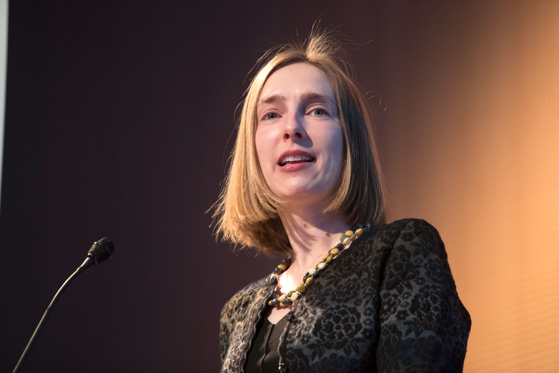 STUDIE-STATSRÅD: Iselin Nybø (V) er høyere utdannings- og forskningsminister. Hun vil ha flere til å fullføre studiene på normert tid.