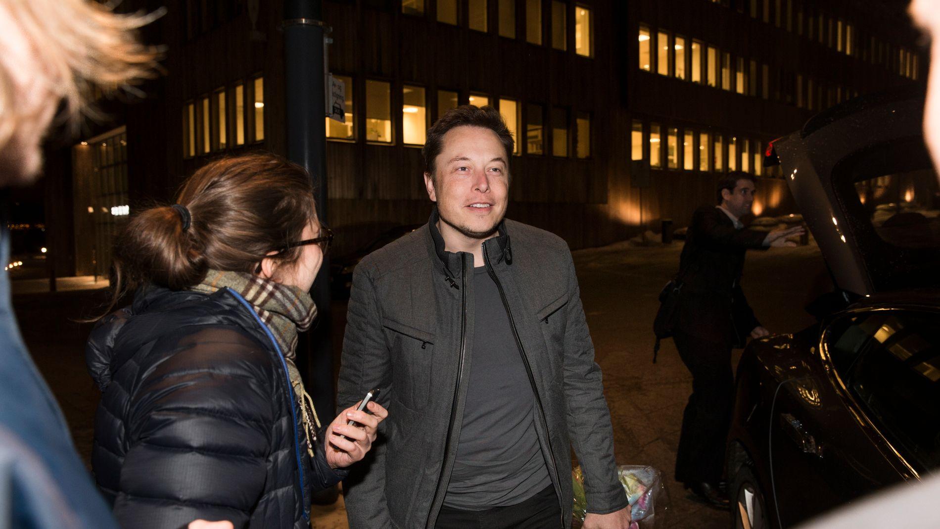 935a1836 Tesla-gründer Elon Musk til Norge etter service-trøbbel