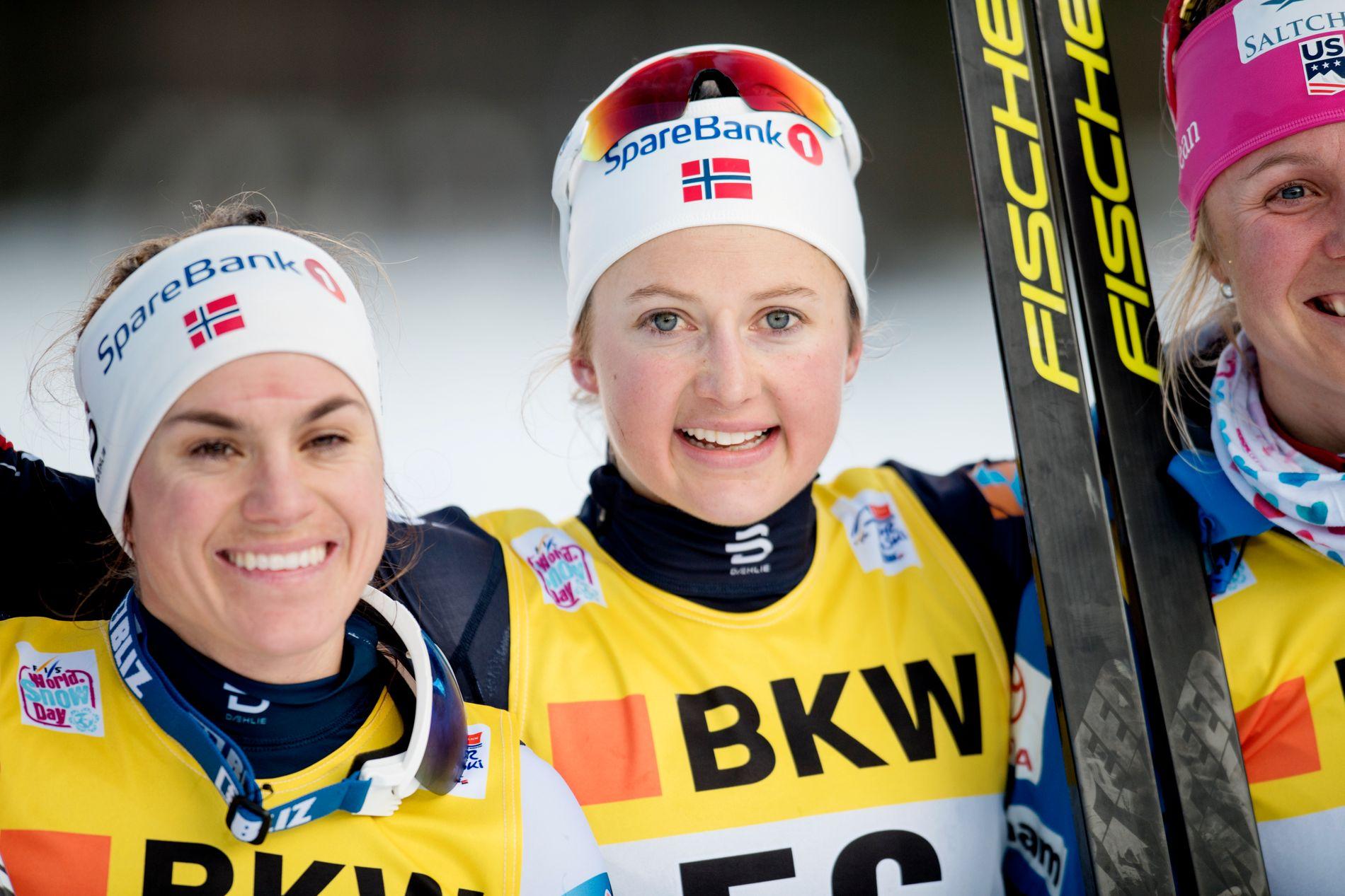 I TET: Ingvild Flugstad Østberg leder Tour de Si foran Heidi Weng (til venstre). Til høyre er Sadie Bjornsen. De kan vente seg en våt avslutning på touren.