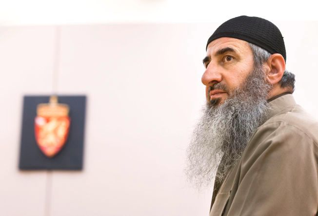 PÅGREPET: Mulla Krekar ble pågrepet i fengselscellen sin natt til torsdag i en storstilt internasjonal politiaksjon mot terror torsdag.