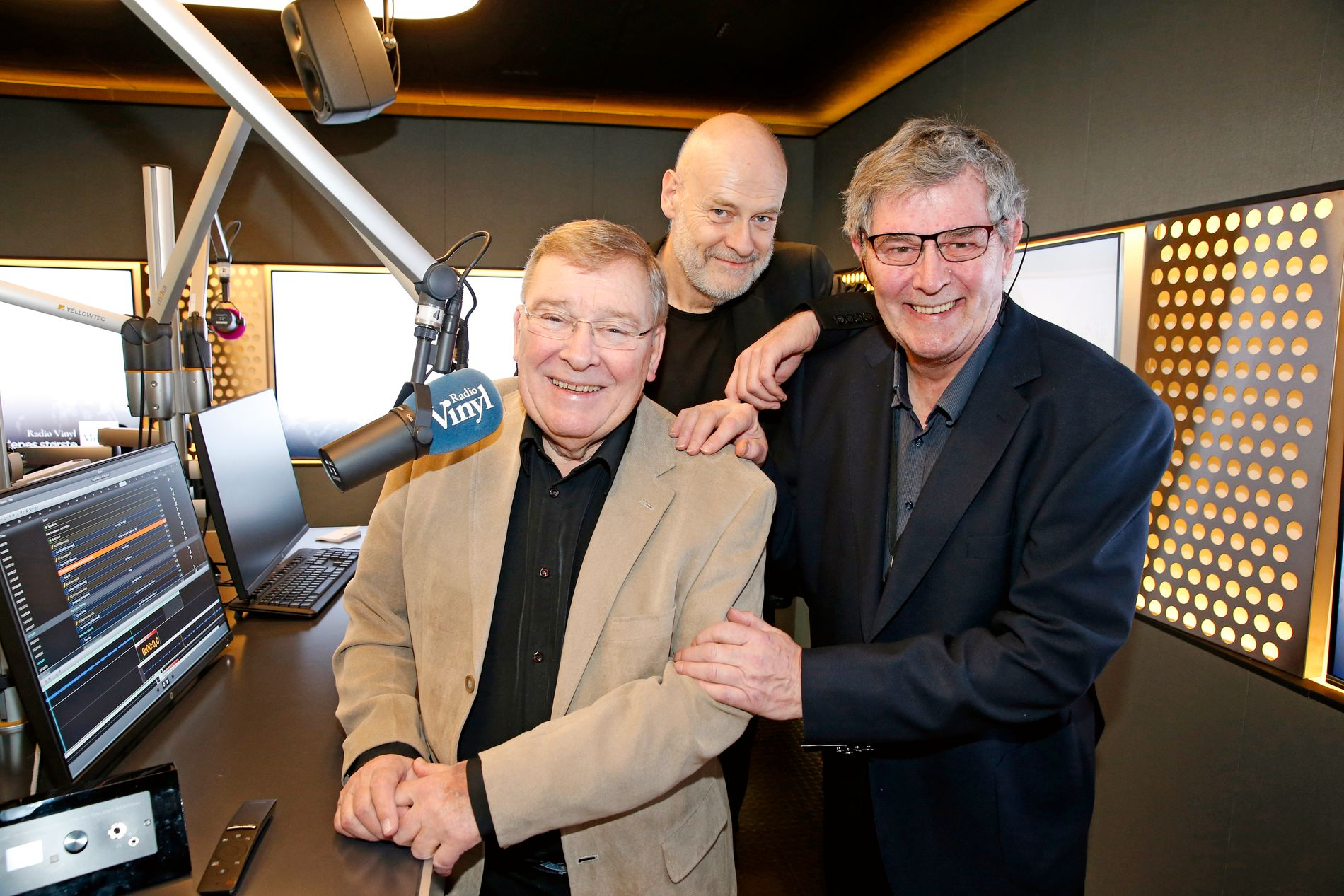 RINGREVER: (F.v.) Vidar Lønn-Arnesen, Jostein Pedersen og Leif-Erik Forberg i Radio Vinyl.