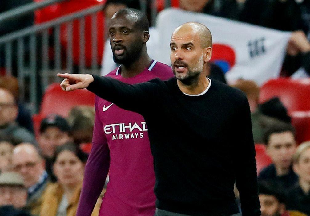 RESERVEROLLE: Yara Touré ble aldri noe førstevalg i sin siste sesong for Manchester City. Her blir han byttet inn av Pep Guardiola under en kamp mot Tottenham i april.
