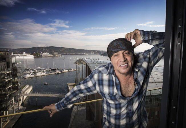 NORGESVENN: Steven Van Zandt, kjent fra Bruce Springsteens E Street Band og fra TV-serien Lilyhammer, mener en av låtene til  Oslobandet «The Dogs» og Ingrid Olava er blant fjorårets beste låter.