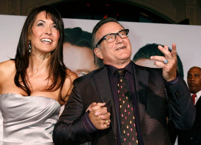 PREMIEREPAR: Susan Schneider Williams og Robin Williams på premieren av «Old Dog» i Los Angeles i 2009. De giftet seg i 2011.