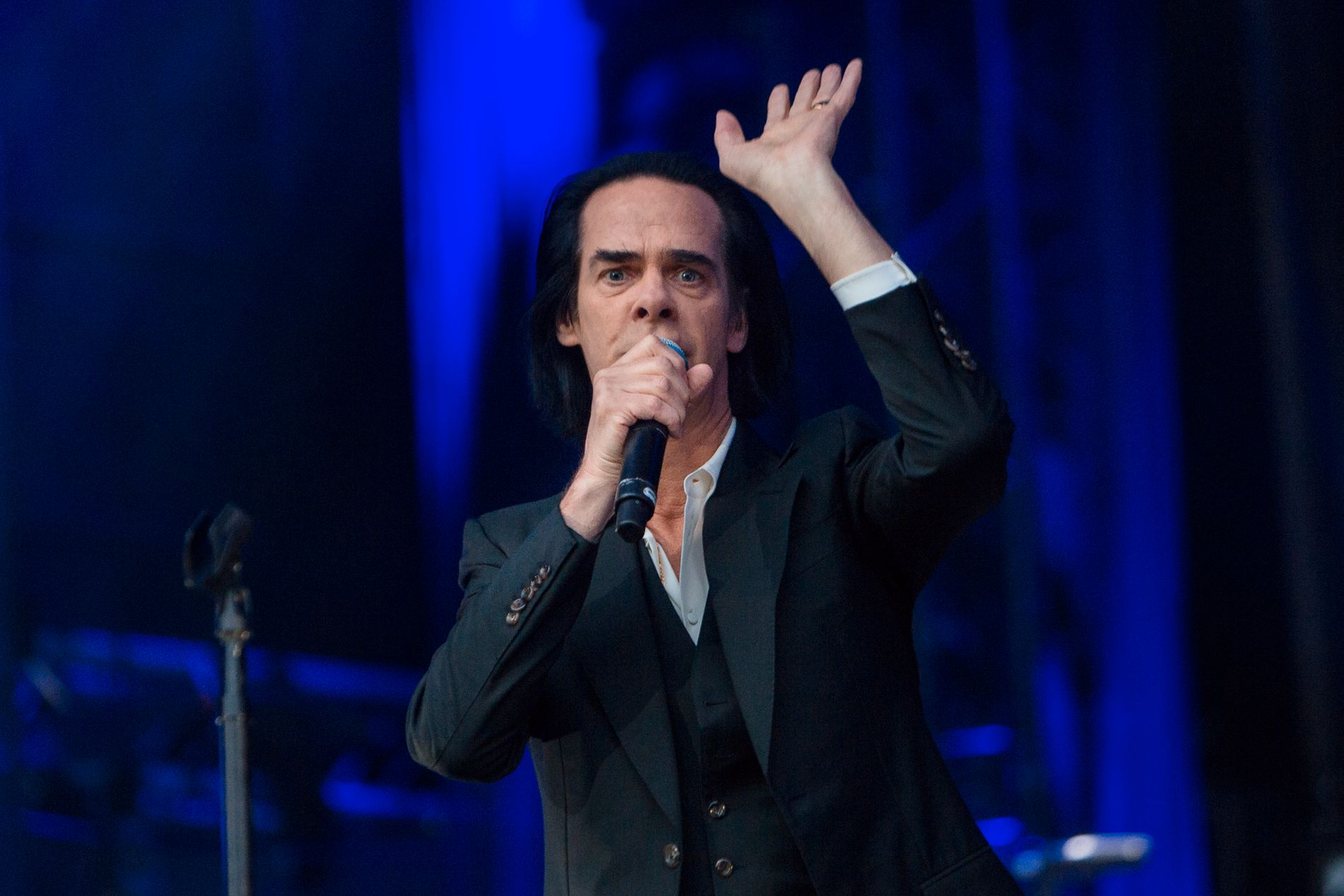ALLTID REDD FOR MØRKETS MAKT: Nick Cave var engstelig for at det aldri skulle bli mørkt i Bergen. Det klarte han uansett fint alene.