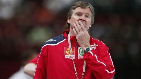 NY JOBB: Gunnar Pettersen, her under en OL-kvalifiseringskamp med det norske herrelandslaget i 2008, er tilbake i manesjen. Foto: Heiko Junge, NTB Scanpix