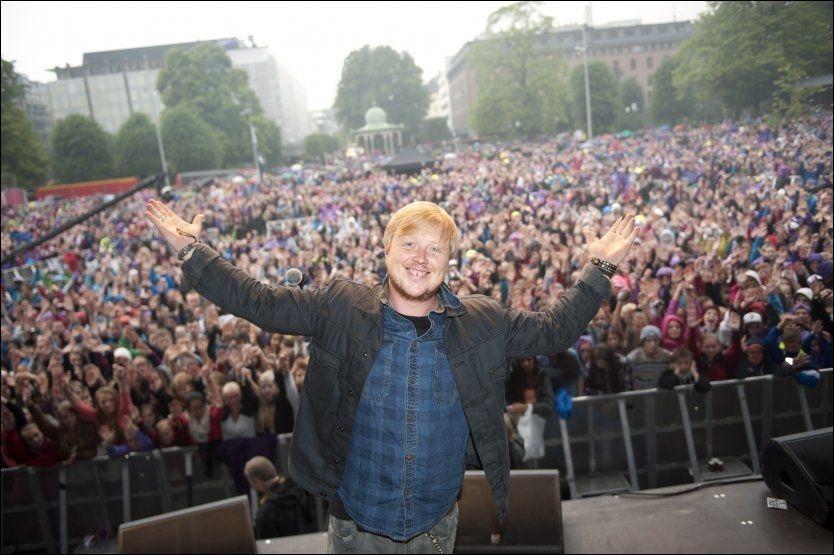 POPULÆR: Det er ingen tvil om at Bergen-publikumet satte pris på at Kurt Nilsen stakk innom og fremførte to låter under onsdagens VG-listashow. Foto: Tor Erik H. Mathiesen/ VG