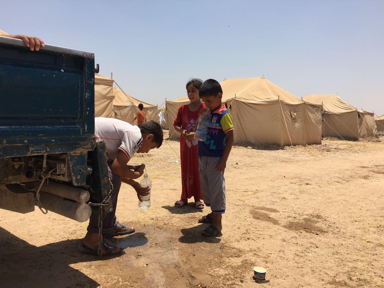 MATMANGEL: I følge Flykninghjelpen, som befinner seg i områdene rundt Falluja, forteller flyktede familier om frykt for å sulte i hjel i Falluja.
