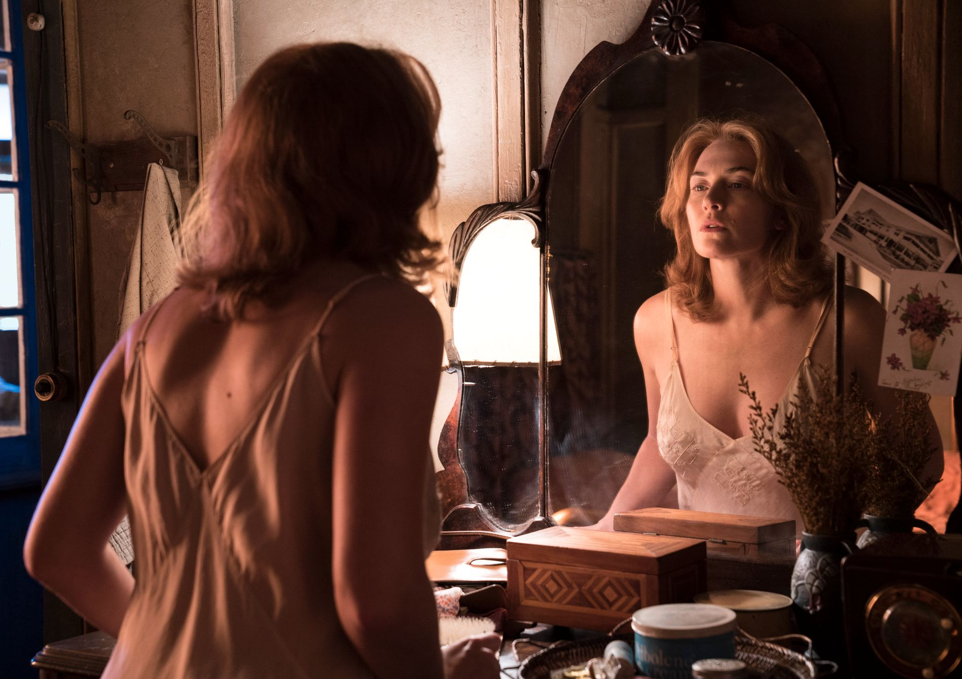 FALLEN KVINNE À LA ALLEN: Kate Winslet spiller hovedrollen i «Wonder Wheel». FOTO: Norsk Filmdistribusjon.