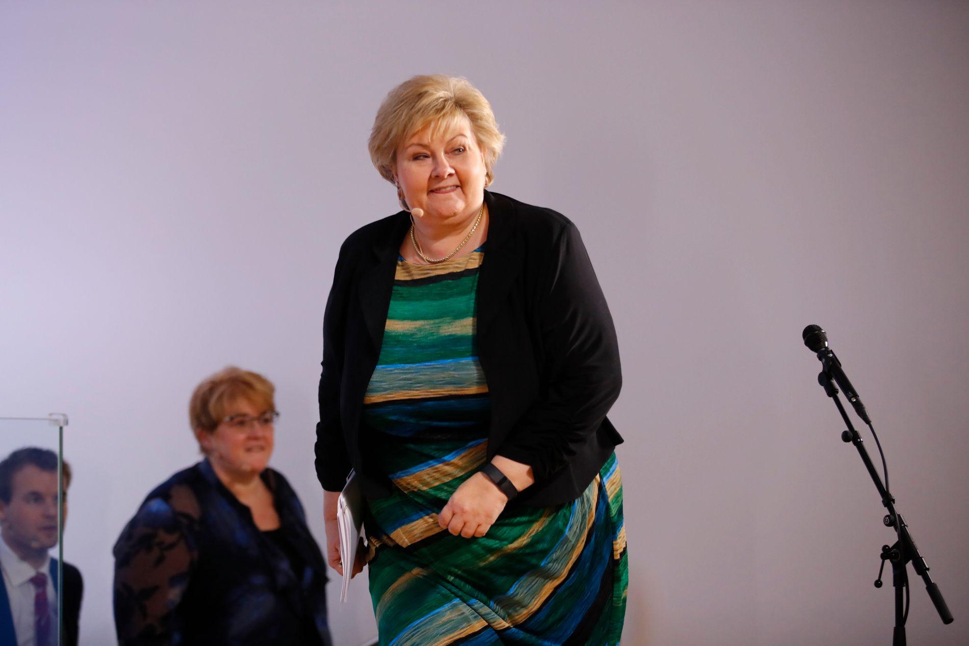 MØTTE PRESSEN: Onsdag holdt statsminister Erna Solberg, Venstre-leder Trine Skei Grande, finansminister Siv Jensen og , Kjell Ingolf Ropstad (KrF) og Klima- og miljøminister Vidar Helgesen pressekonferanse om klimagassutslippene.