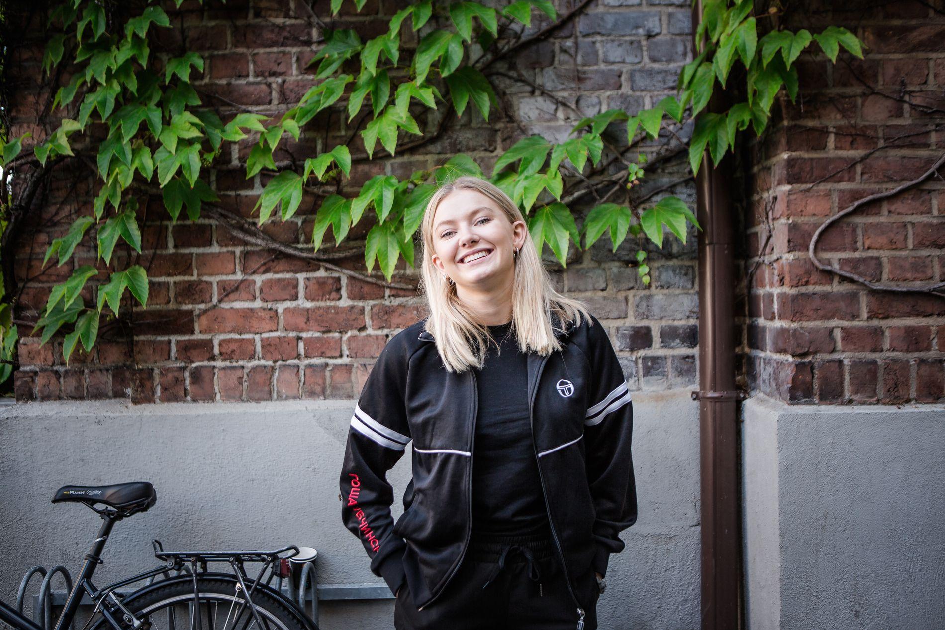 IKKE SINGEL LENGER: Astrid S avslører at hun har kjæreste. Foto: ODIN JÆGER