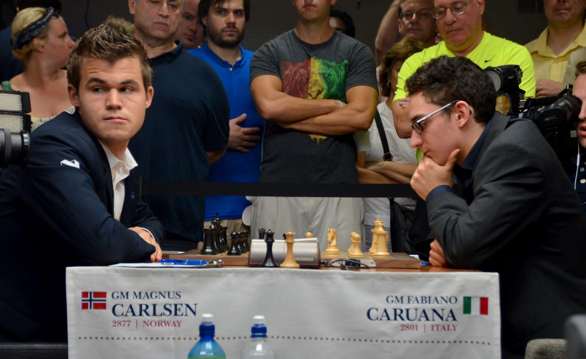 UNGE SPILLERE: Magnus Carlsen (t.v.) er 27 mens Fabiano Caruana (t.h.) er 25. I sjakkverdenen er ikke det nok til å betegnes som gammel.