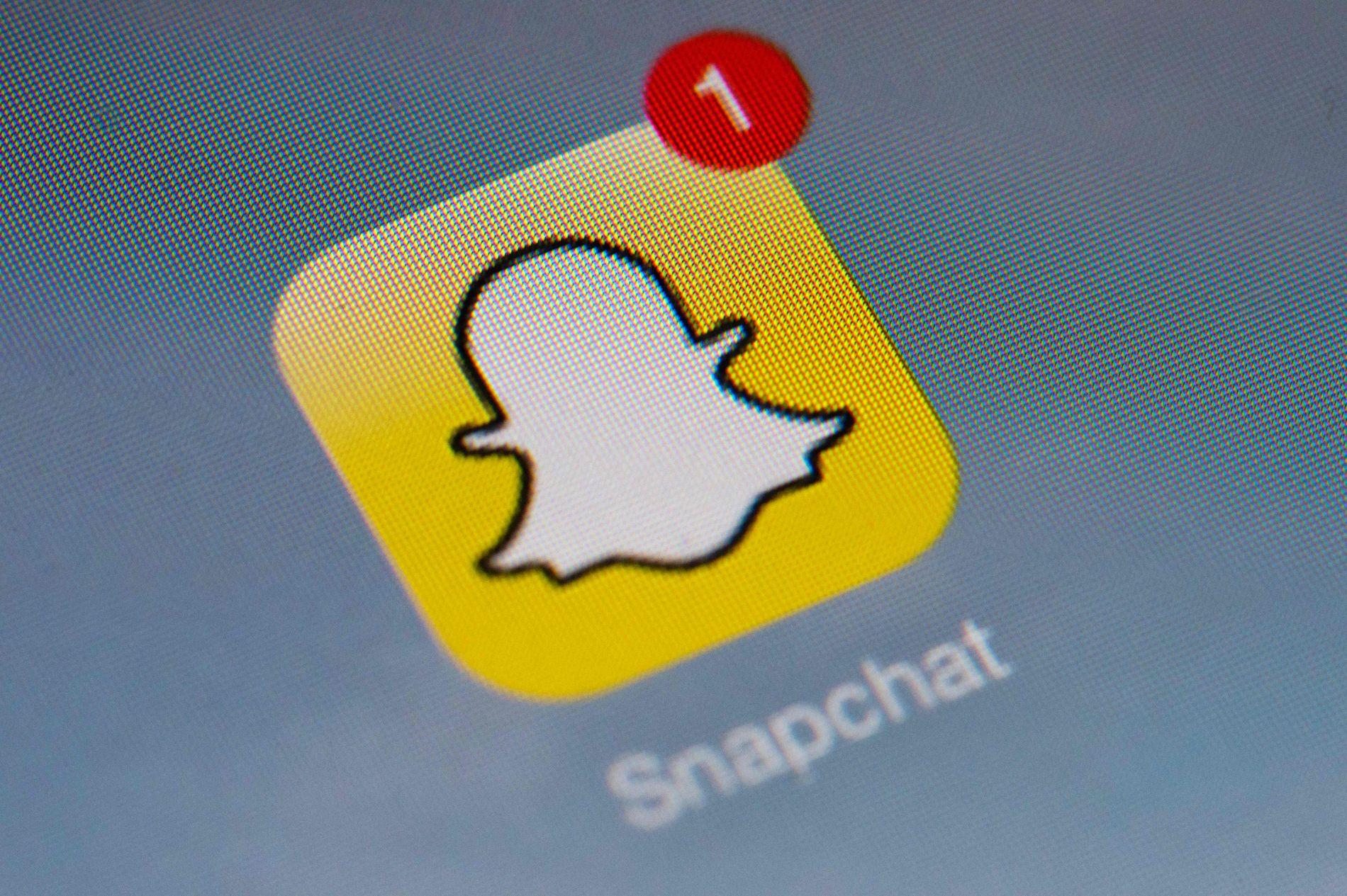 SPRES PÅ SOSIALE MEDIER: En snap-melding sendt til en nær venn eller kjæreste kan bli et mareritt hvis den spres.