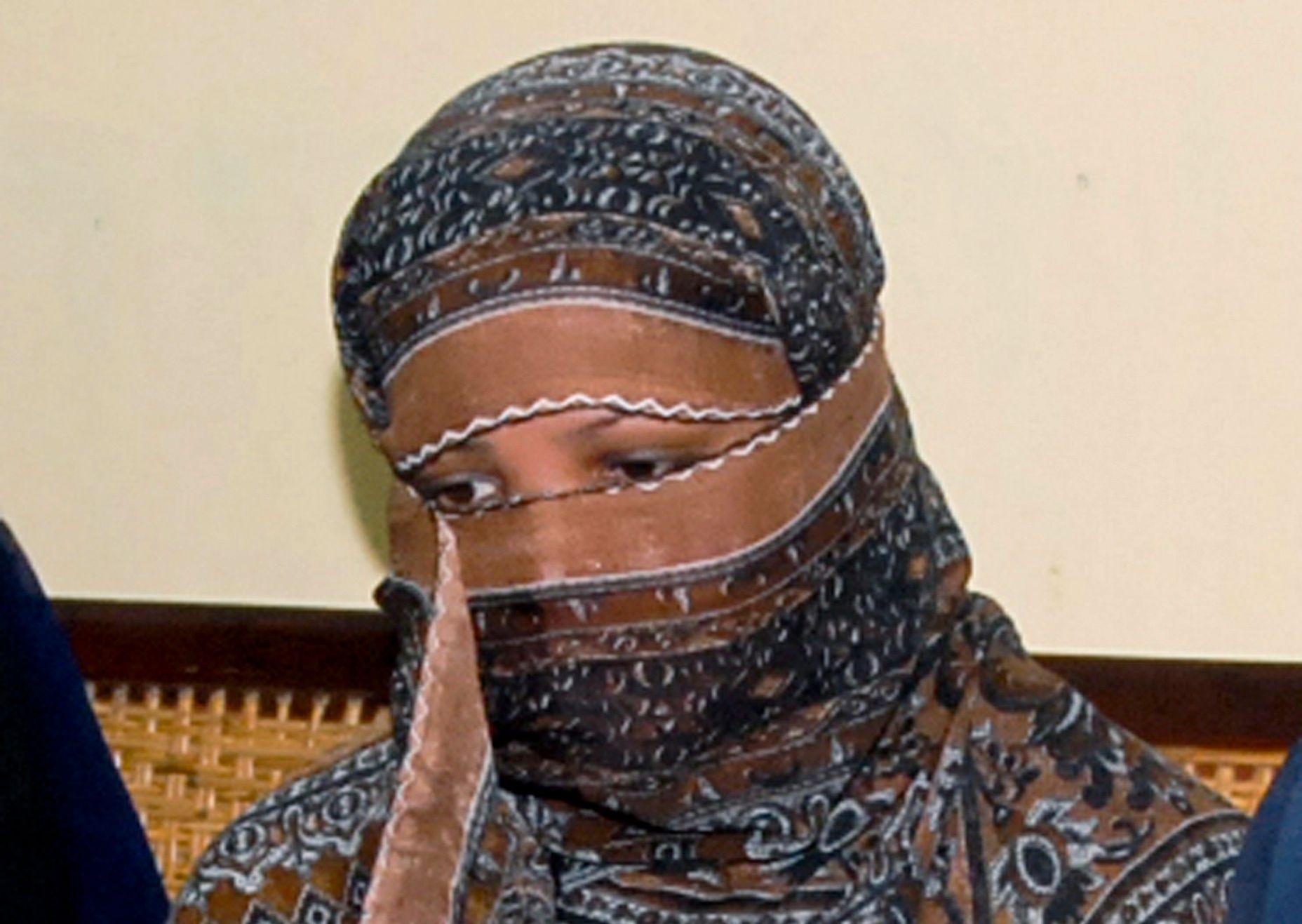 FRI, MEN: Romersk-katolske Asia Bibi fra Punjab i Pakistan er løslatt etter ni år i fengsel og frikjent for blasfemi. Det har utløst voldelige opptøyer blant muslimer i Pakistan.