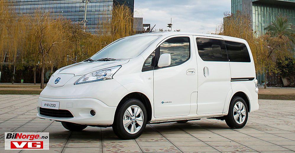 KAPASITET: Nissan e-NV200 Evalia 7-seter koster 290.090 kroner. Klarer du deg med to seter er prisen på varebil kr. 262.990. De første bilene kommer til Norge i april.