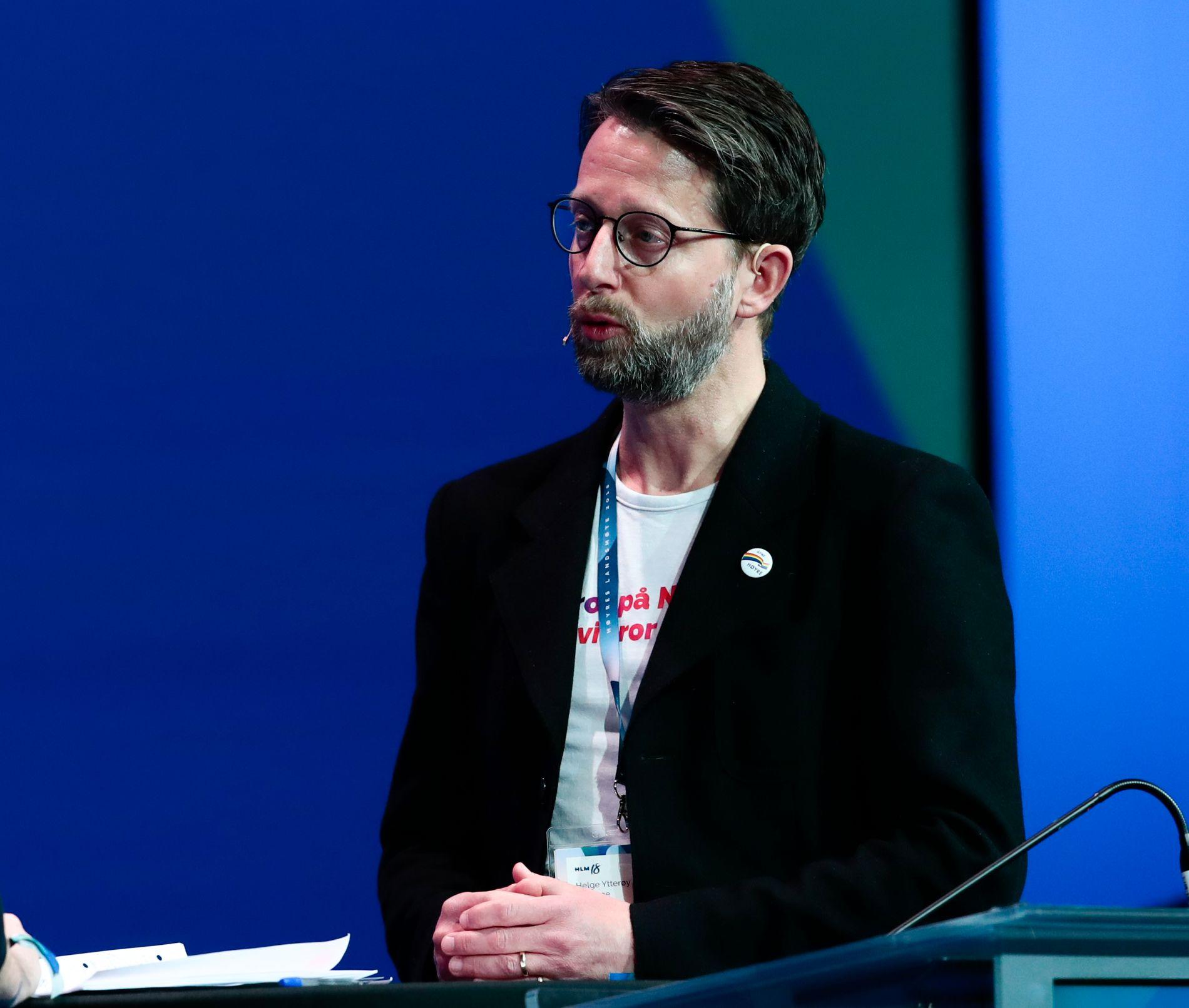 ØNSKER AT NORGE SKAL VÆRE BEST: Helge Ytterøy L'Orange, leder av Åpne Høyre - partiets nettverk for skeive, sier de vil ta opp UDI og UNEs praktisering av lovverket når de skal vurdere hvordan Norge kan bli et bedre land for skeive minoriteter til høsten.