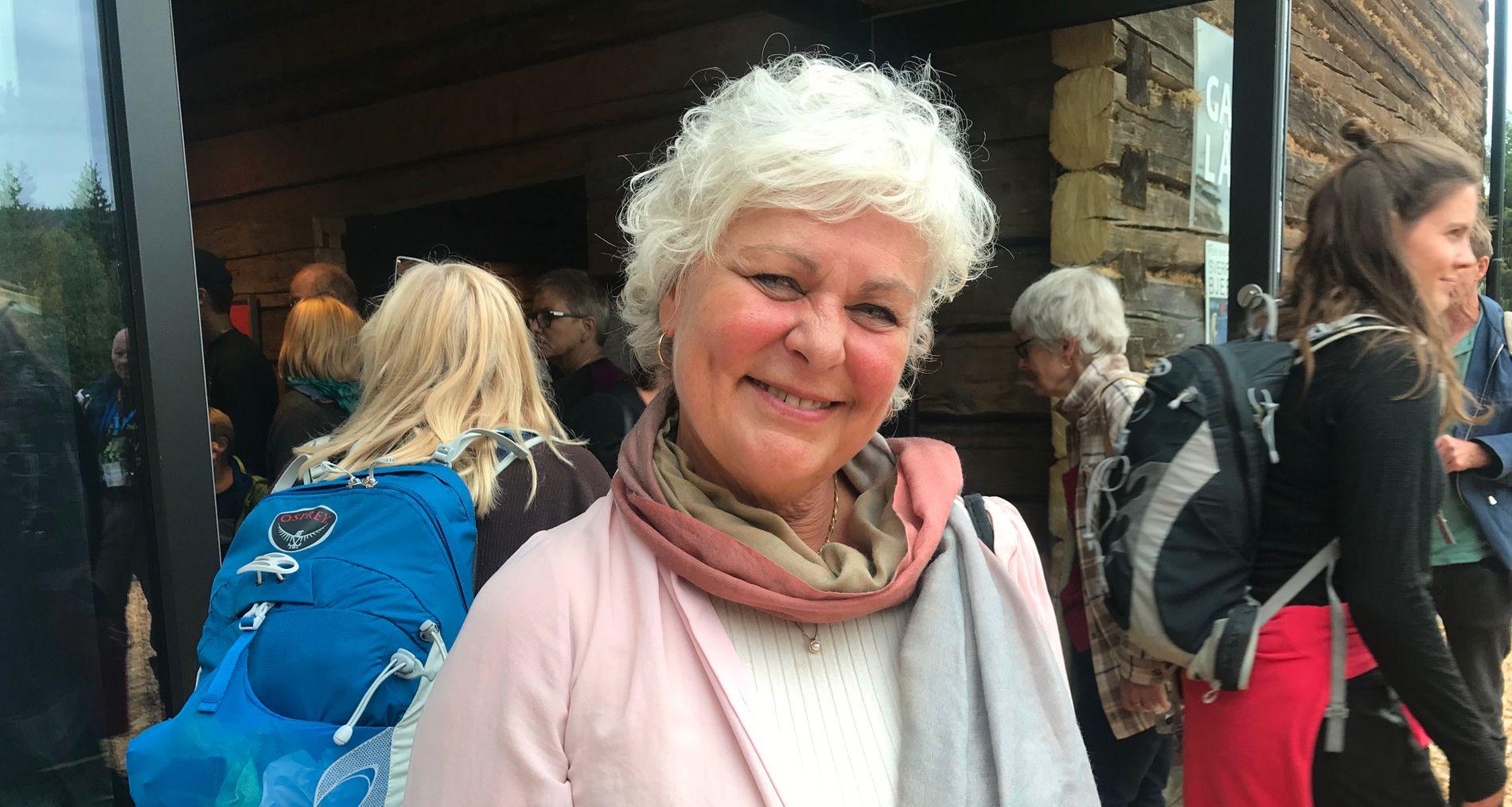 IMPONERT: Ellen Horn sier hun bøyer seg i støvet for Jakob Oftebro, som er tilbake på scenen etter ulykken i slutten av mai.