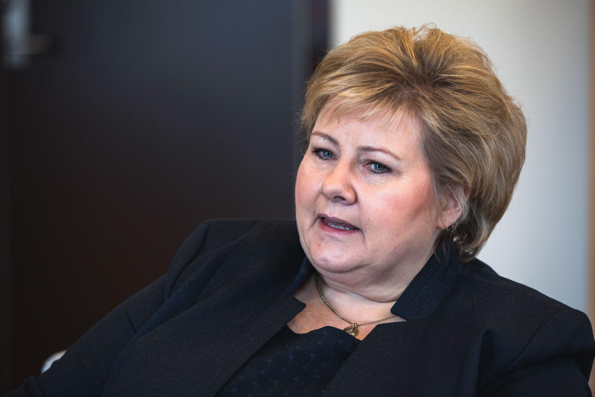 FORSTÅR: Statsminister Erna Solberg forteller at hun har forståelse for bakgrunnen for angrepet natt til lørdag.