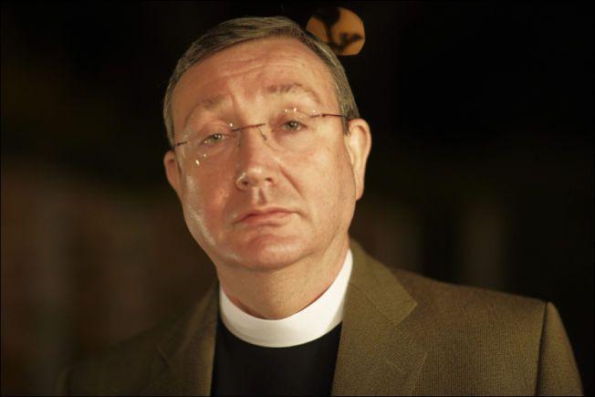 UENIG: Den katolske kirken i Oslo, her ved biskop Bernt Eidsvig, er ikke enig i Fylkesmannens krav om tilbakebetaling etter medlemsrotet.