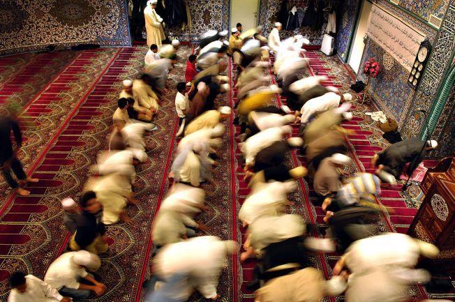 02b951dd ANSVAR: – Jeg har møtt ungdom som tror at deres imam egentlig ikke er imot  IS og at ikke alle imamer er for vestlige verdier. Religiøse ledere har et  ansvar ...