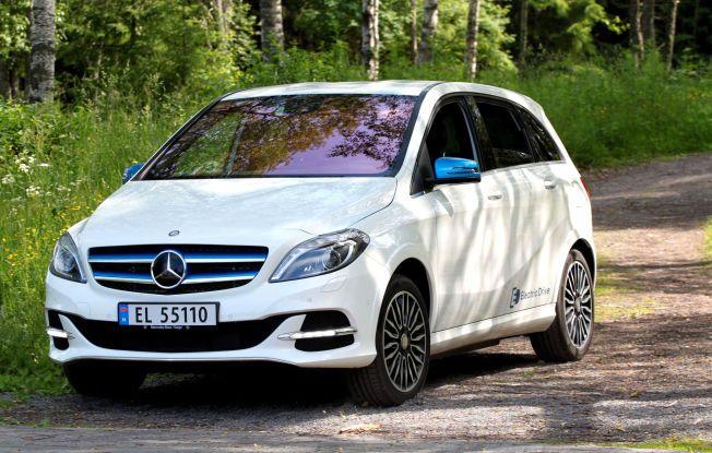 Test av Mercedes B-klasse Electric og Volkswagen e-Golf. Her er Mercedes B-klasse Electric. Elbil. Foto: Hanne Hattrem / VG