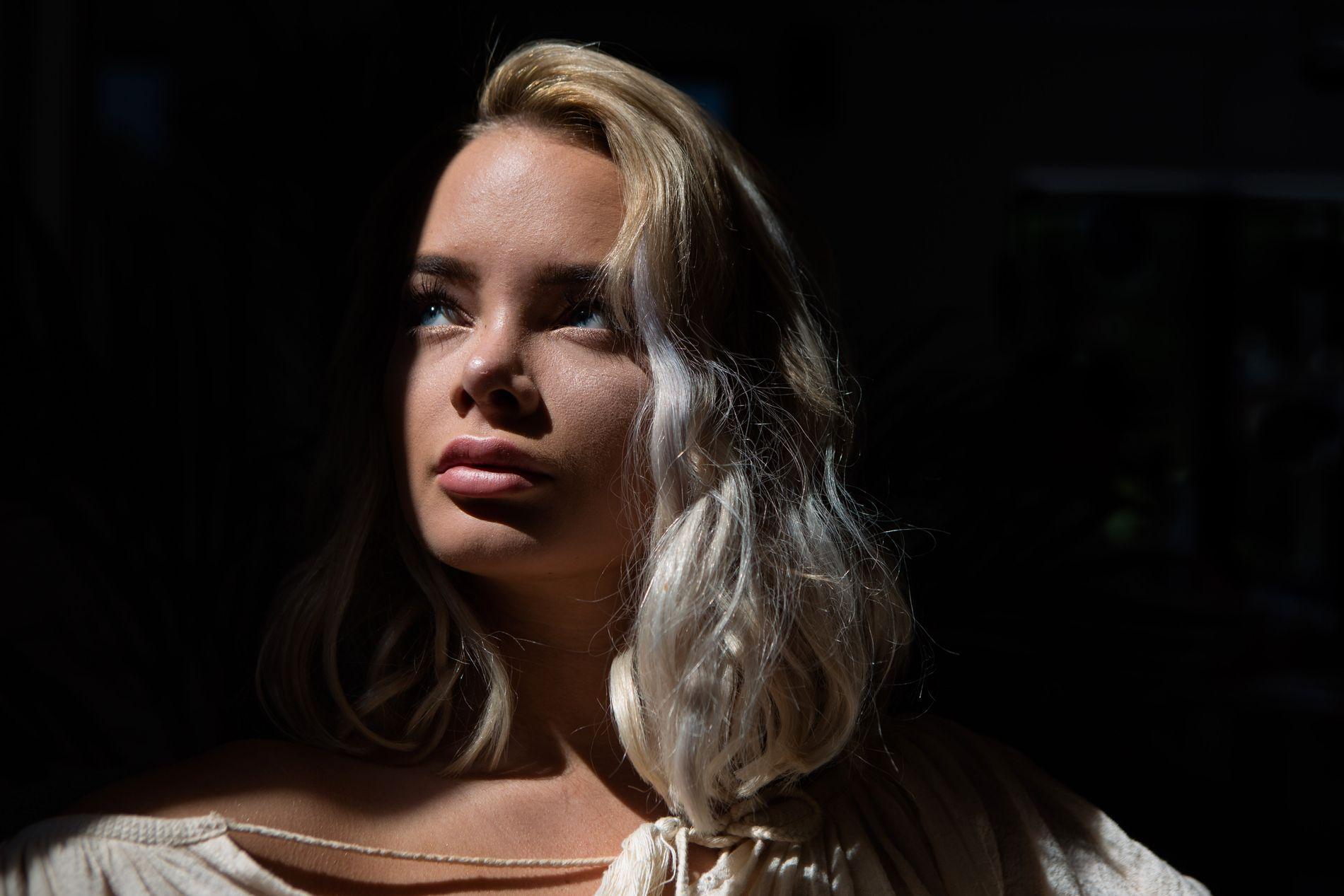 ÅPENHJERTIG: Sophie Elise Isachsen (21) snakker ut for å rette søkelys på et økende samfunnsproblem.
