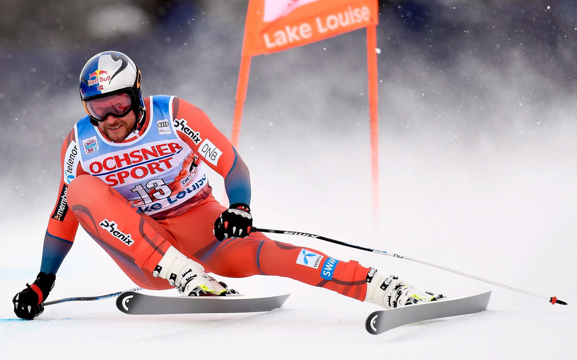 TILBAKE MED STIL: Aksel Lund Svindal under fredagens trening i utforløypa i Lake Louis.