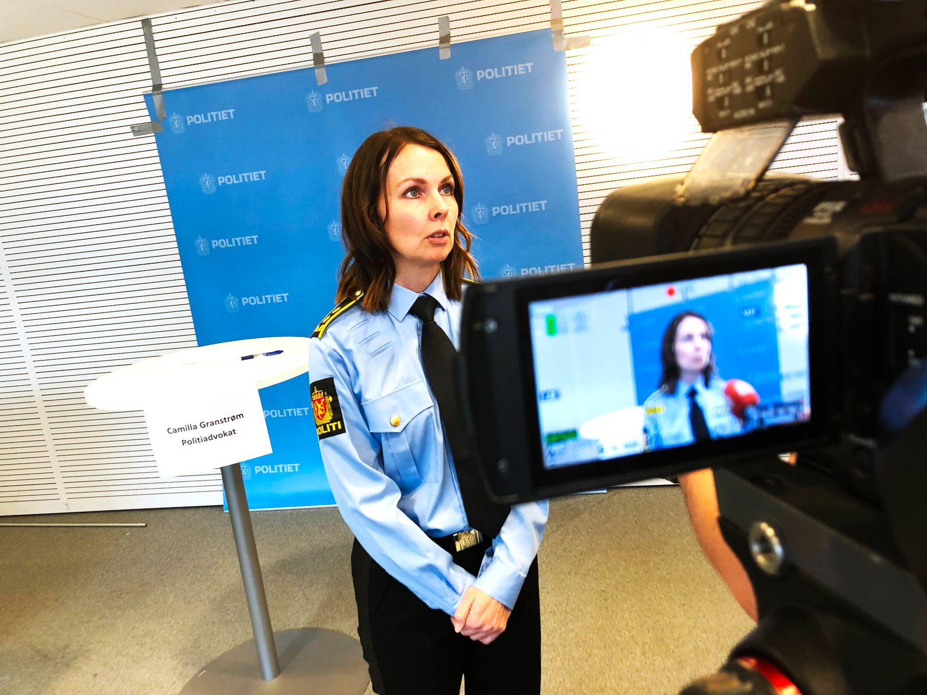 KOM TIL RETTE: Politiet har fått bekreftet at beholderen som ble funnet er identisk med den beholderen med 25 gram kaliumcyanid som ble stjålet sammen med varebilen fra Lørenskog stasjon onsdag 20. februar, sier politiadvokat Camilla Granstrøm.