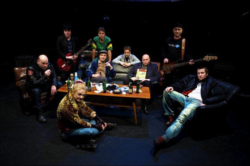 PÅ HJEMMEBANE: Regissør Andreas T. Andersen og forfatter Christopher Nielsen har med «Verdiløse menn» skapte siste tiårs beste forestilling Foto: Ståle Andersen
