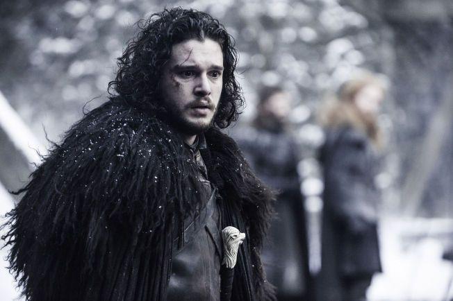 SPESIELLE NAVN: Barnet skal kalles opp etter Kit Harington, skuespilleren som spiller Jon Snow i den kritikerroste serien, dersom McAdams får en gutt.