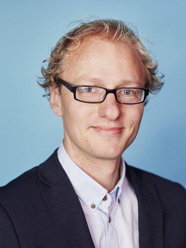 STORE UTSLIPP: Teknologi-ansvarlig Marius Gjerset i Zero sier anleggsmaskiner står for 16 prosent av klimautslippene i hovedstaden. Foto: Zero.