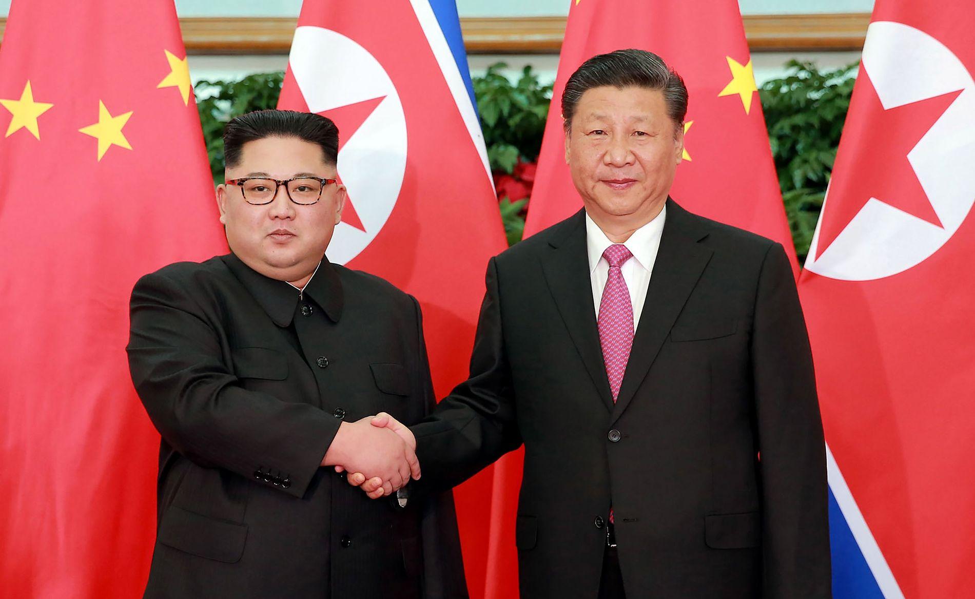 NYTT BESØK: Nord-koreas leder Kim Jong-un møter for annen gang på kort tid Kinas president Xi Jinping.