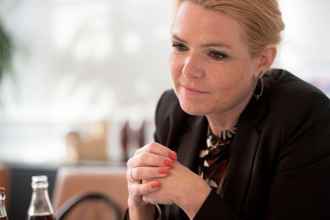 COLA: Det går med et par tre liter cola om dagen for danskenes utlendingsminister Inger Støjberg