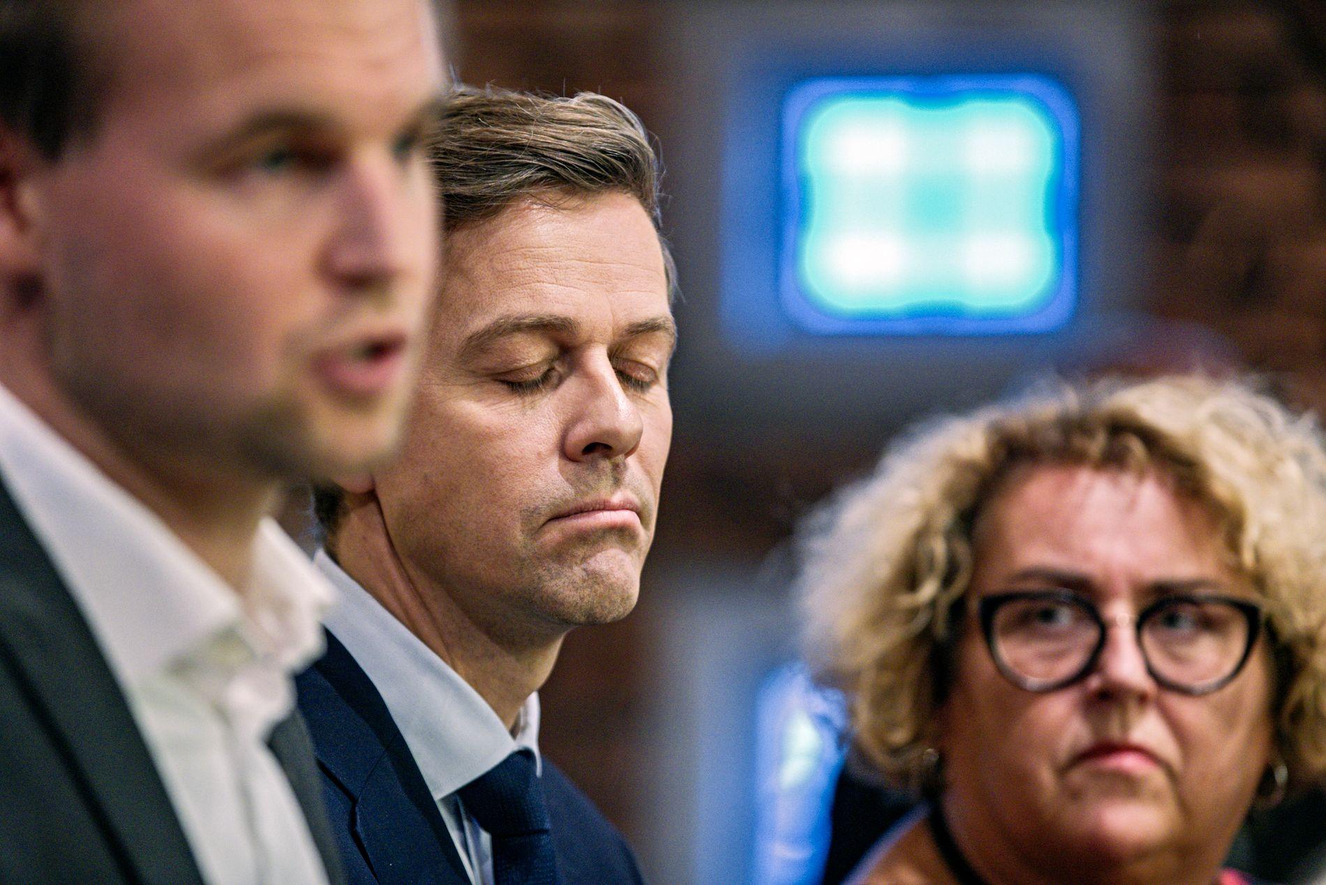 697321a4 SPLITTET: KrFs to nestledere Kjell Ingolf Ropstad (t.v.) og Olaug Bollestad  (t.h.) er uenige med partilederen om hvilken vei KrF bør gå politisk.