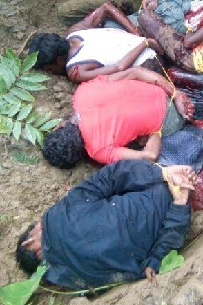 BEVISET: Dette fotografiet, som ble tatt med en mobiltelefon av en av deres egne naboer, viser tre av de døde rohingya-mennene i massegraven.
