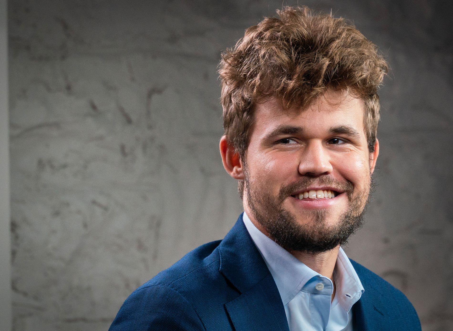 LAR SKJEGGET GRO: Magnus Carlsen i Sinquefield Cup.