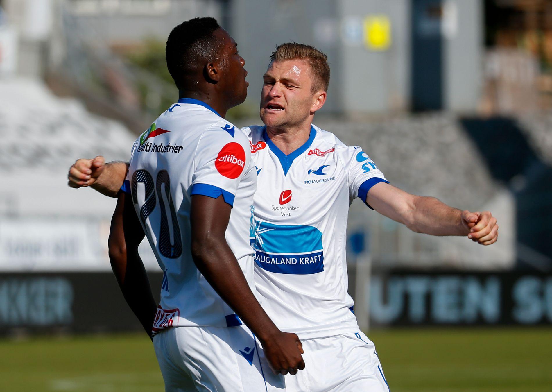 MÅLFEST: Ibrahima Koné og Sondre Tronstad feirer 1–0-scoringen.