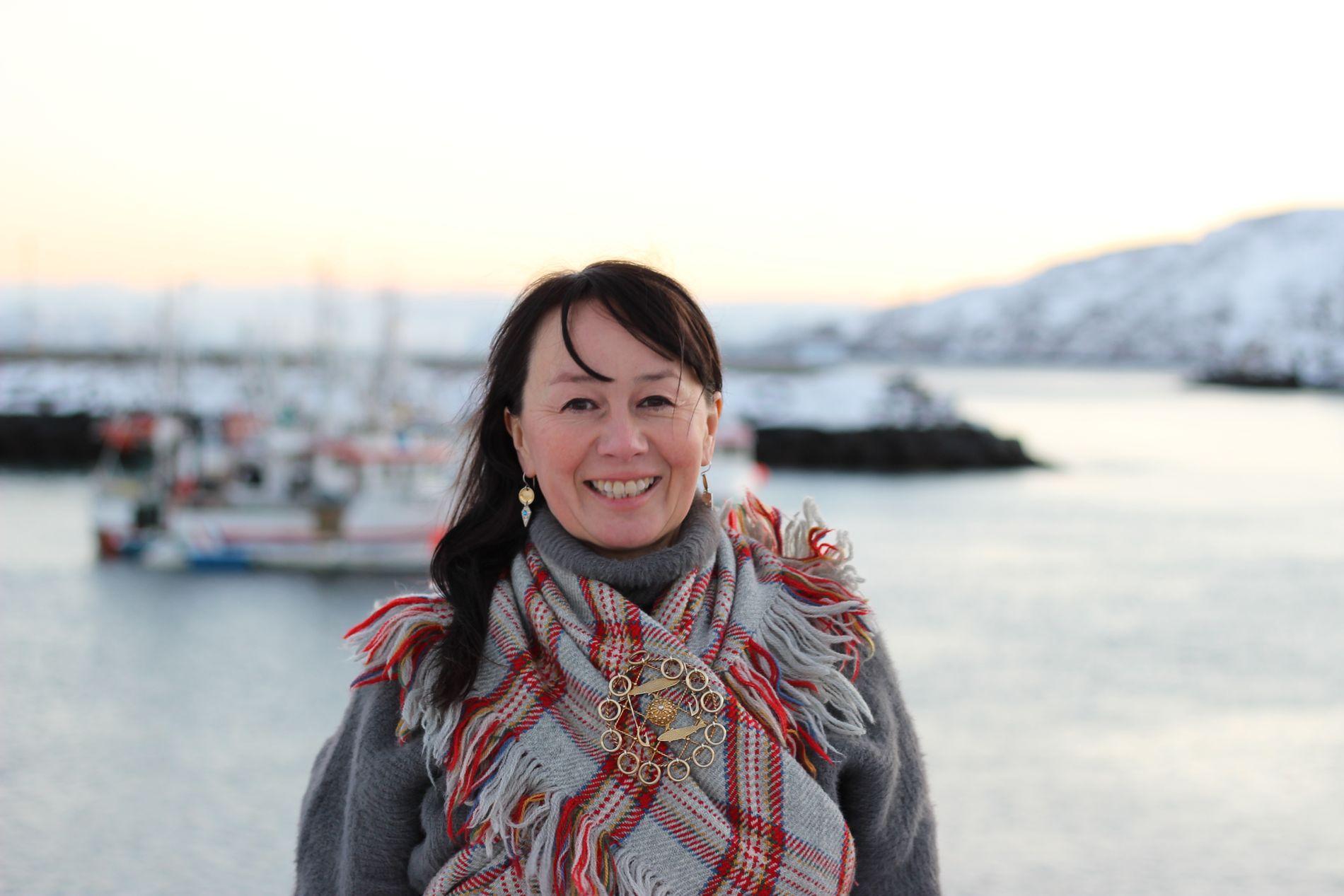 APPLAUDERER LOKALSAMFUNNET: Måsøy-ordfører Reidun Mortensen (Sp) setter pris på at lokalbefolkningen tar vare på hverandre.
