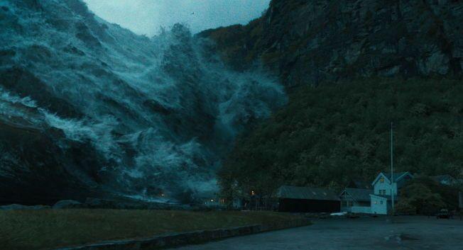 FLODBØLGE I GEIRANGER: Slik ser det ut når fjellpartiet Åkneset raser ut og skaper en flodbølge i katastrofefilmen «Bølgen» Foto: Nordisk Film AS