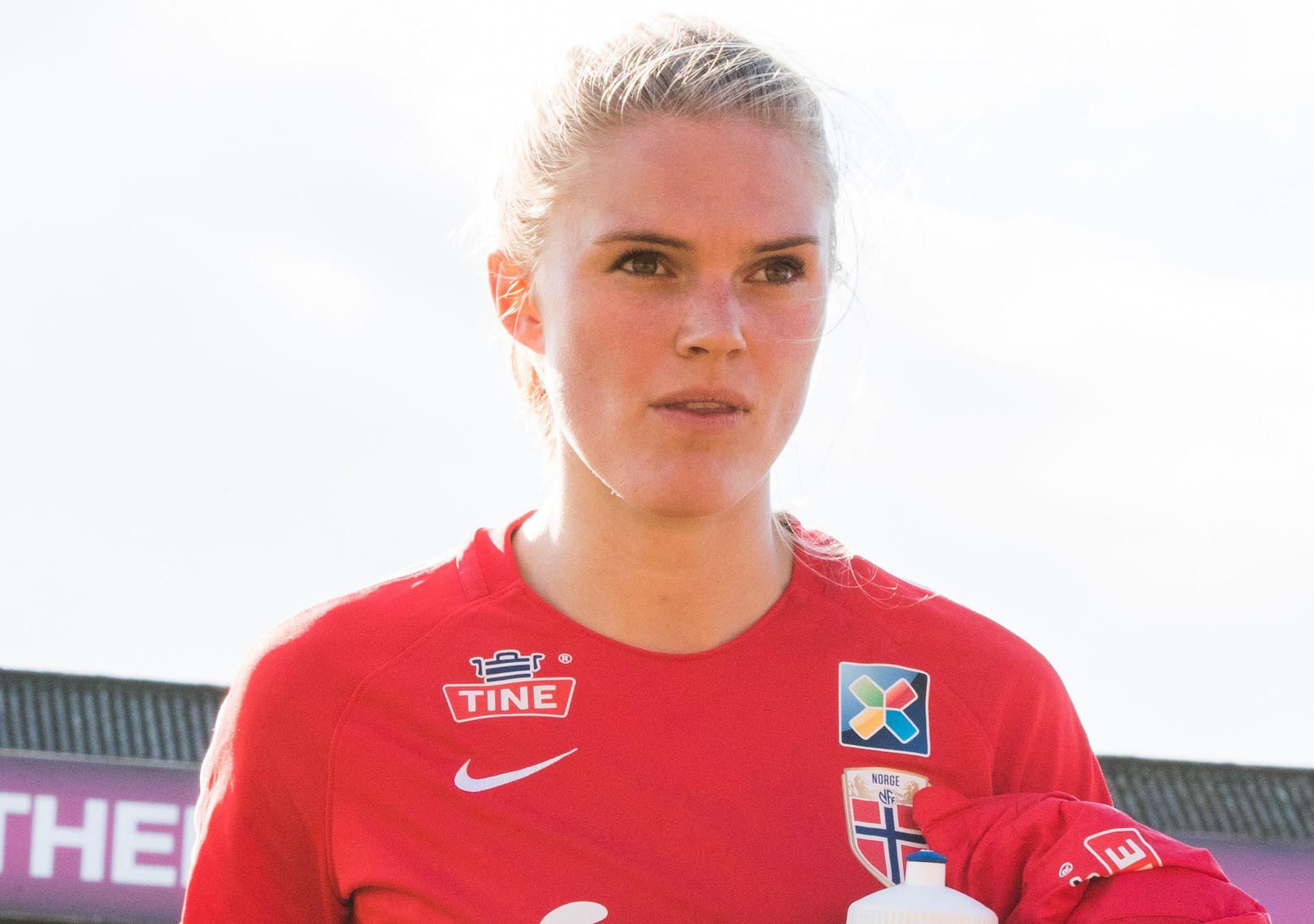 MISTER LANDSKAMPER: Kristine Bjørdal Leine får ikke fri fra skolen for å bli med landslaget i avgjørende VM-kvalifisering.