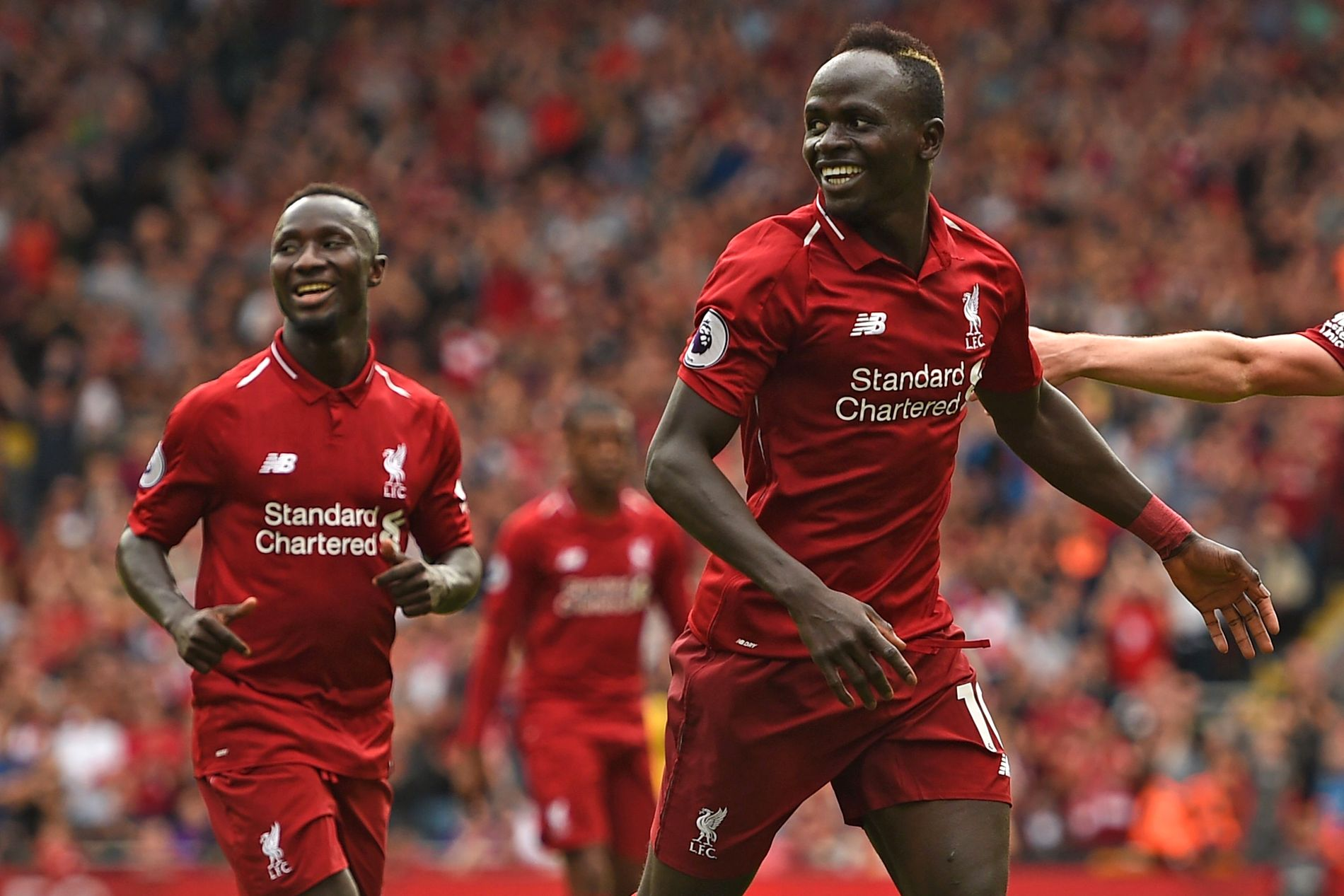 cd2f2dff SUKSESS: Sadio Mané (t.h.) er en svært viktig brikke for Liverpools  mannskap. Her er han sammen med Naby Keïta i seieren over West Ham i august  i fjor.