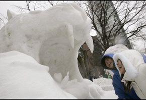 Storslått snøkunst i Japan