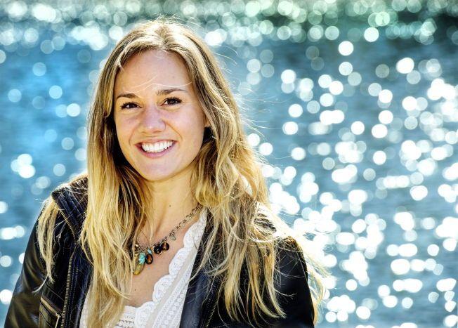 GLAD I LIVET: Kelsey Tungseth har ikke hatt det lett, men sier hun nå er full av håp. Hun ønsker å dele sin opplevelse som en trøst for andre berørt av psykisk sykdom. Her er hun avbildet på Linnerud i Oslo mandag.