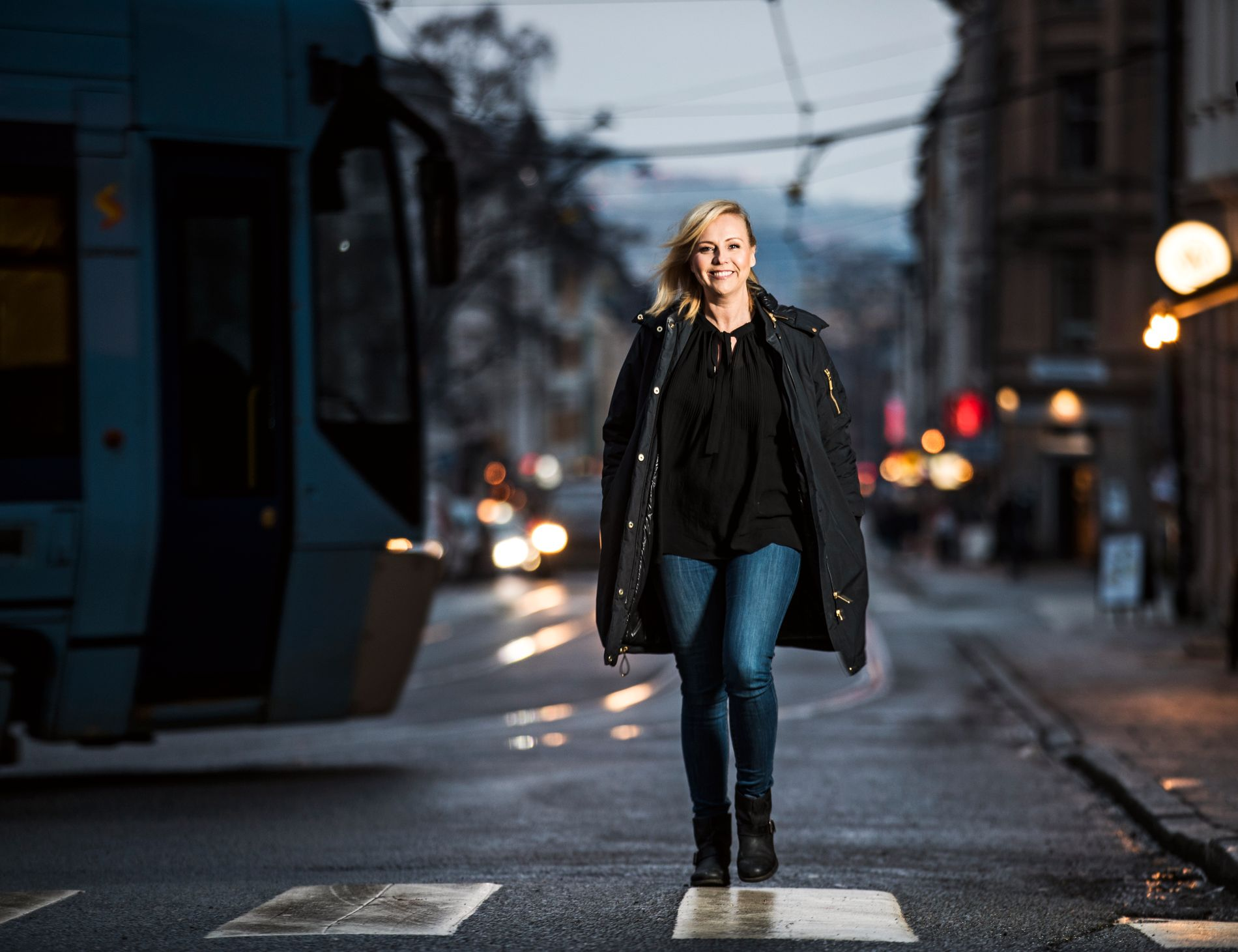 BYJENTE: Linn Skåber er Løkkajente og trives i byen. Hun gleder seg til våren når hun kan løpe langs Akerselva.